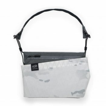 SACOCHE - Ooe Slash Bag-white & Camouflage