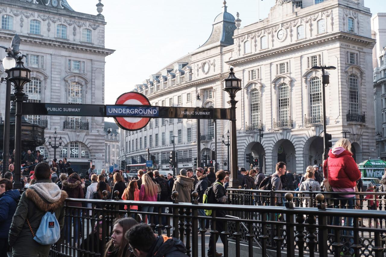 UKVI為英國內政部移民署(UK Visas and Immigration)的縮寫,是為了符合英國移民局要求的安全監控等級所設計的考試